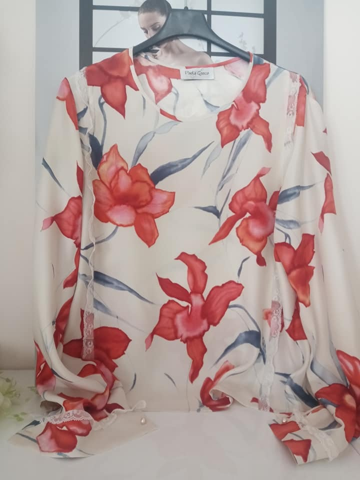 blusa-stampa-fiori-in-seta
